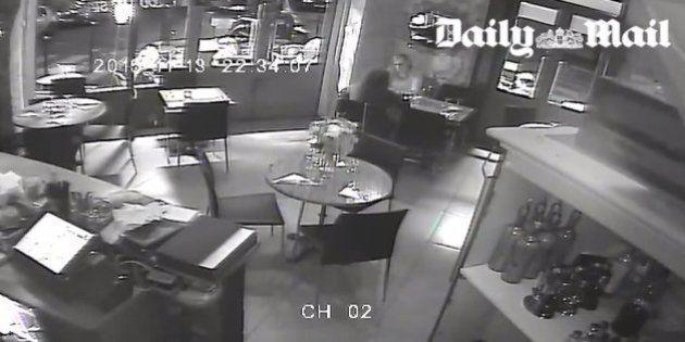 13 novembre: des images de l'attaque contre le restaurant Casa Nostra sont diffusées par le Daily