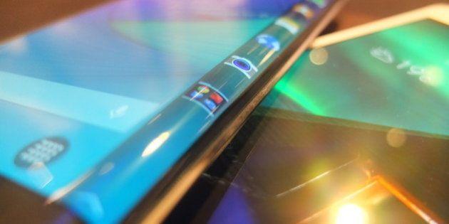 VIDÉO. Galaxy Note Edge: Samsung présente un étonnant smartphone avec écran