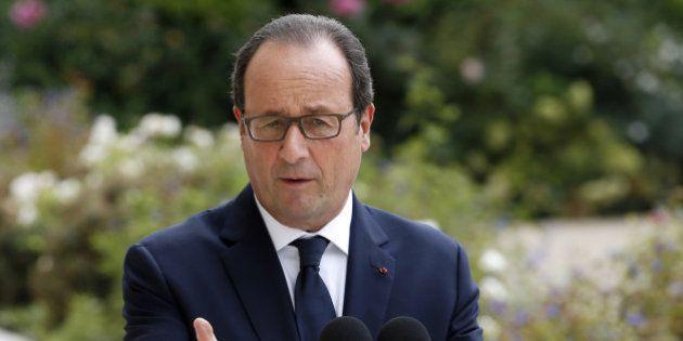 Etat islamique: Hollande veut une réponse