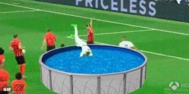 VIDÉO. Real Madrid : Sergio Ramos et sa simulation ridicule face au Shakhtar Donetsk ont bien fait rire...