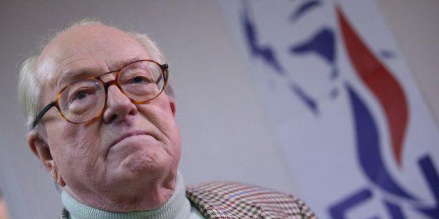 Jean-Marie Le Pen propose la peine de mort par décapitation pour les