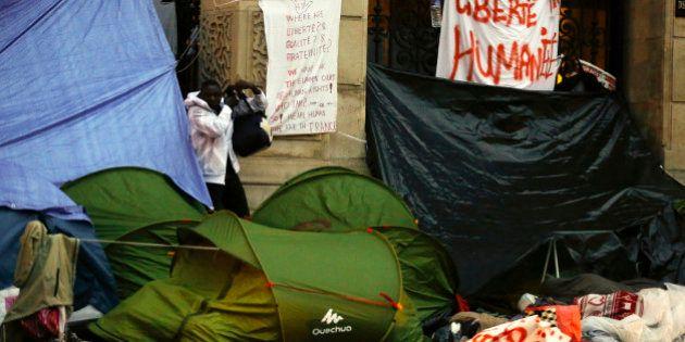 Comment l'État fait la différence entre réfugiés et migrants