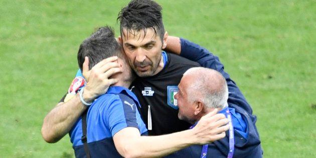 Malgré la victoire de l'Italie, Gianluigi Buffon pleure son idole Bud Spencer mort à l'âge de 86