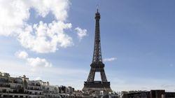 La tour Eiffel aussi fait grève contre la Loi travail