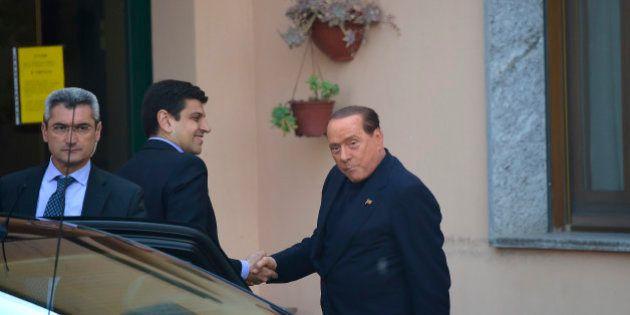 Pour Berlusconi, premier jour de travaux intérêt général auprès de malades