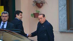 Le bénévole Berlusconi prend du
