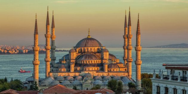 Blue mosque in glorius sunset, Istanbul, Sultanahmet park. The biggest mosque in Istanbul of Sultan Ahmed...