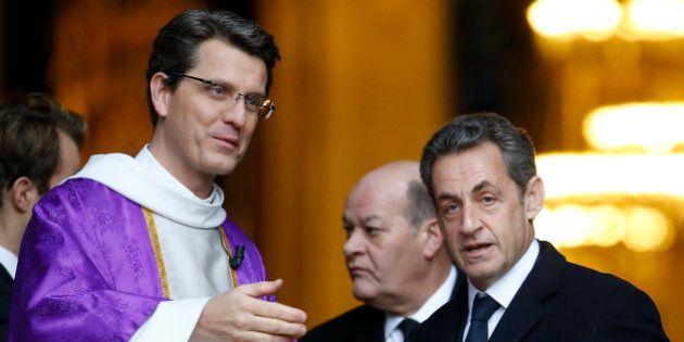 Eglises transformées en mosquées: Nicolas Sarkozy co-signe un appel pour