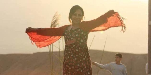 PHOTOS. En Iran, des femmes ôtent leur voile sur Facebook et bravent