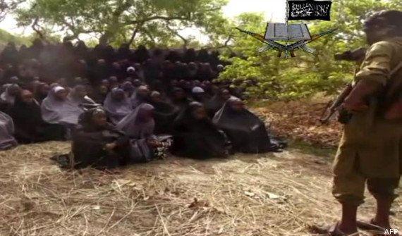 Lycéennes enlevées au Nigeria: Boko Haram diffuse une nouvelle vidéo et demande l'échange de