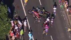 Le maillot jaune chute et termine l'étape poussé par ses