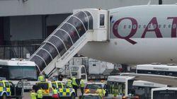 Un avion de ligne de Qatar Airways escorté jusqu'à