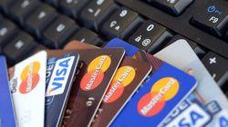 Des cartes bancaires prépayées utilisées pour préparer les