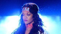 Rihanna se moque d'une de ses fans sur