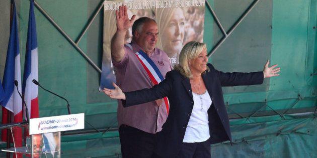En cette rentrée, Marine Le Pen se rêve en recours et se lance à la conquête du