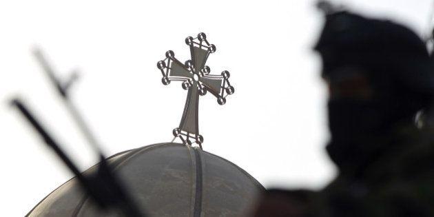 Chrétiens d'Irak: la plus grande ville chrétienne du pays aux mains de l'État islamiste, la France prête...
