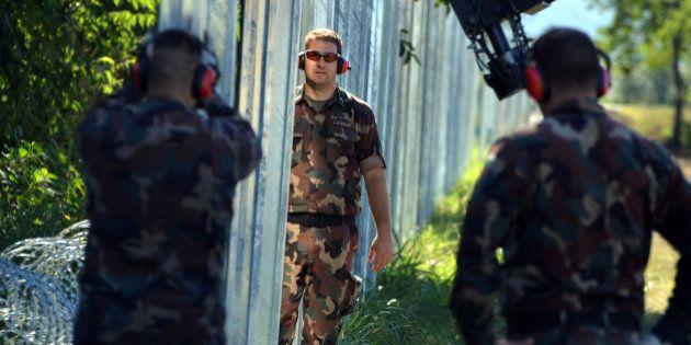 Hongrie: l'armée autorisée à tirer sur les migrants, nouvelle provocation signée Vicktor