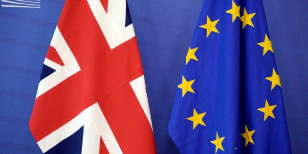 Standard and Poor's dégrade la note de l'Union européenne à cause du