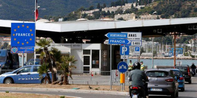 Contrôles aux frontières: Valls n'hésitera pas, les Français unanimement