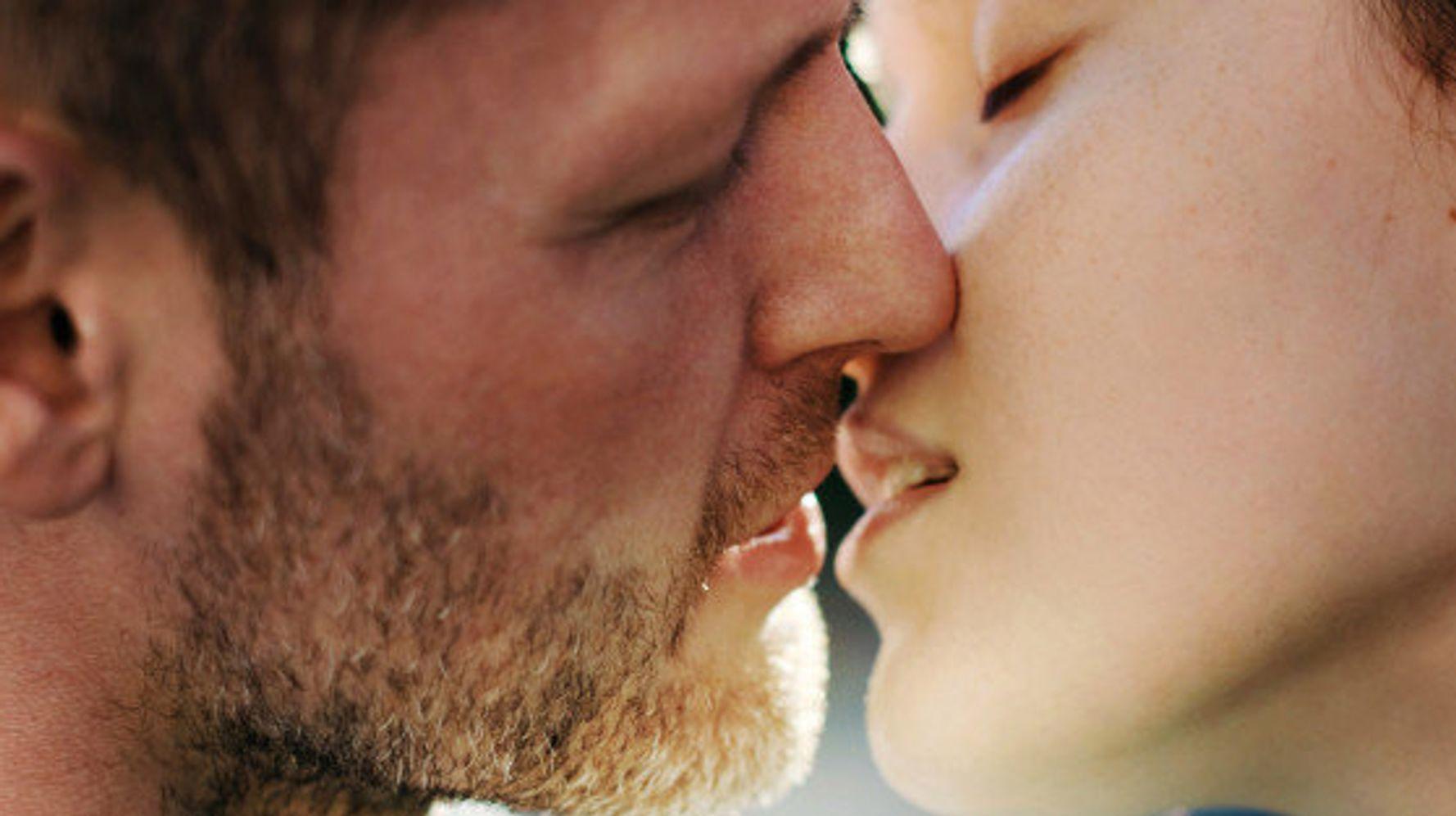 Faut-il arrêter de baiser pour être heureux? Réponses avec le podcast «Vivre sans sexualité»