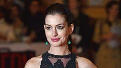 Anne Hathaway attend un heureux
