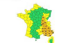 La pluie fait des dégâts en Ardèche, 14 autres départements en alerte