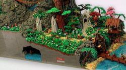 VIDÉO. Une immense île de pirates en Lego avec sa cascade