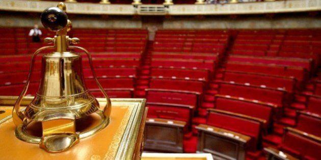 Les frondeurs du PS et Cécile Duflot menacent de ne pas voter la