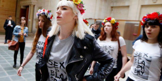 Les Femen poursuivies pour la dégradation d'une cloche de Notre-Dame relaxées, le parquet de Paris fait