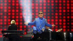 Poutine a appelé Elton John et ce n'est pas un canular (cette