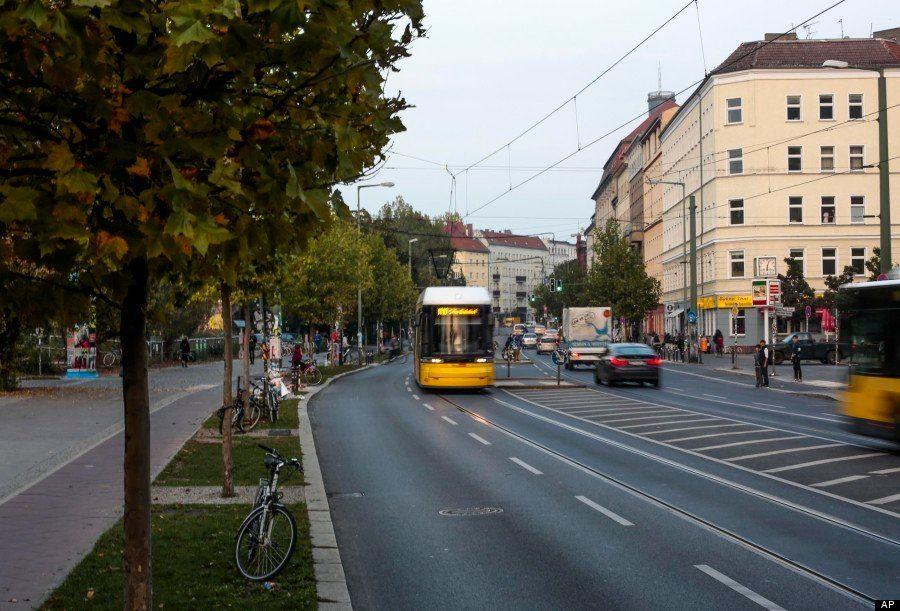 Chute du mur de Berlin : redécouvrez la ville avant et après en