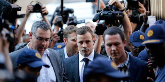 Verdict du procès Pistorius: le sportif n'est pas coupable de meurtre selon la juge mais n'est pas sorti...