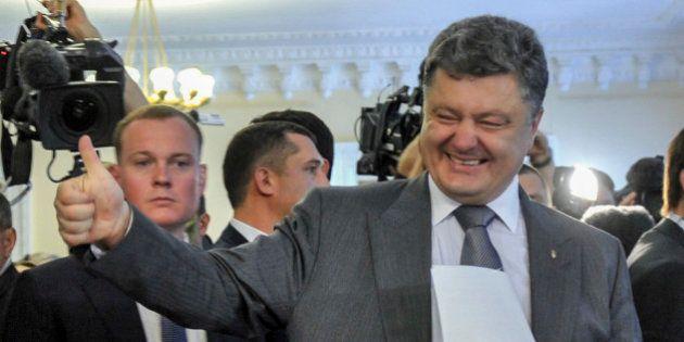 Élection présidentielle en Ukraine : Porochenko donné vainqueur au 1er tour avec