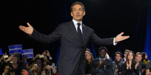 Nicolas Sarkozy en meeting à Paris dessine une République paradoxale (et oublie de parler de