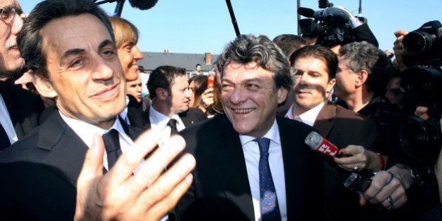 Sarkozy voudrait fusionner UMP et UDI: la rumeur qui embrase le