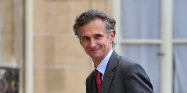 Antoine Gosset-Grainville, le 3e homme du déjeuner, défend la version de François Fillon contre celle...