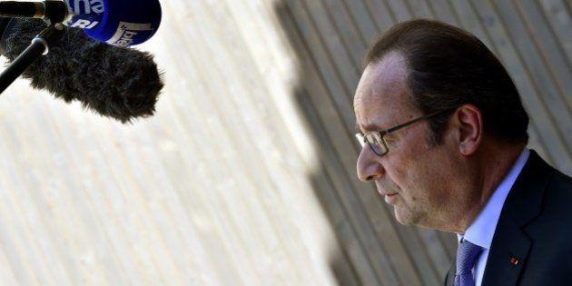 Le coiffeur de François Hollande payé 9.895 euros brut par mois depuis
