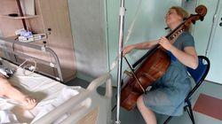 Dans cet hôpital parisien, l'art-thérapie par le violoncelle pour combattre la