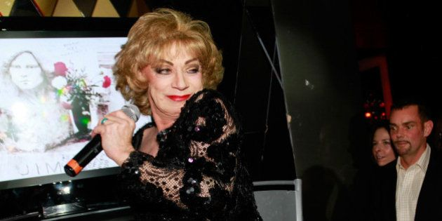 Holly Woodlawn, muse transgenre d'Andy Warhol et Lou Reed, est
