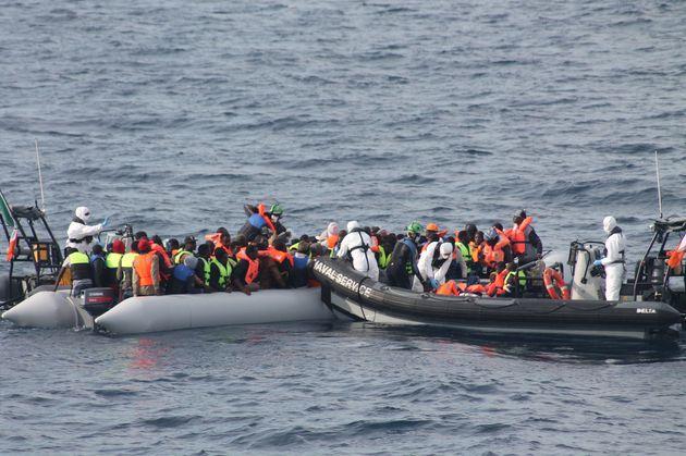イタリアへ渡ろうとした移民