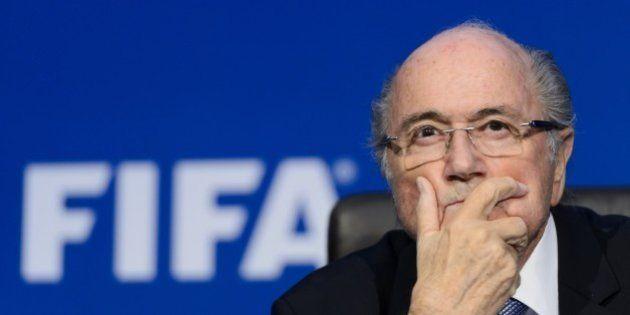 Sepp Blatter déclare rester président de la Fifa, malgré la procédure