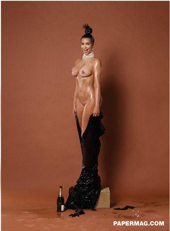 PHOTOS. Kim Kardashian seins nus, de face: la nouvelle cartouche de