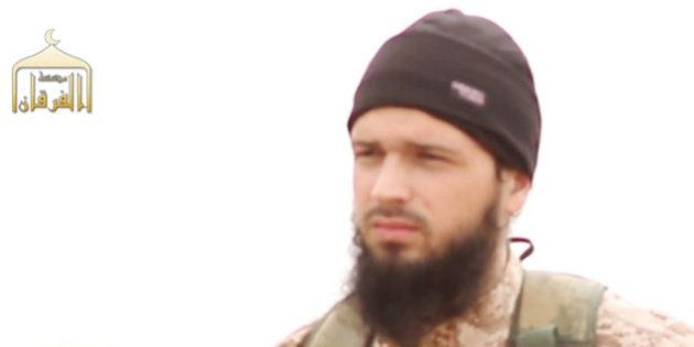La famille d'un soldat syrien décapité dans une vidéo où apparait un jihadiste français porte plainte...