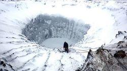 La beauté des mystérieux trous sibériens en