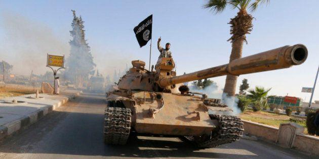 L'Etat islamique (Daech) décapite et crucifie un de ses chefs pour détournement de fonds et