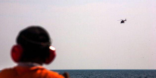 Vol MH370: l'avion n'est pas tombé à l'endroit prévu, retour au point de