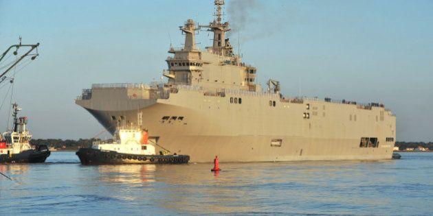 Livraison des navires Mistral à la Russie: Hollande prendra sa décision