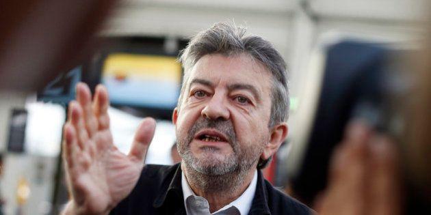Jean-Luc Mélenchon refuse de choisir entre droite et FN dans le Nord et en Paca aux