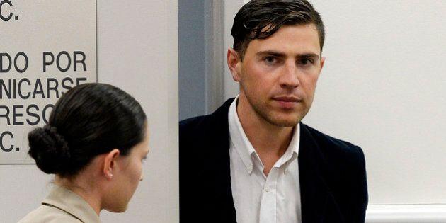 Vitalii Sediuk, l'homme qui a frappé Brad Pitt, écope de trois ans de liberté