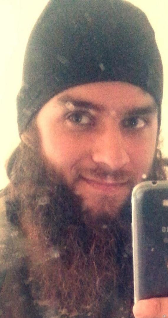 Un deuxième jihadiste français, Michaël Dos Santos, identifié sur la vidéo d'exécutions de Daech selon...